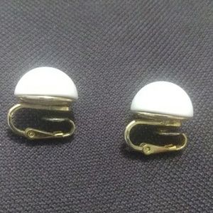 Vintage Trifari white and gold clip on earrings